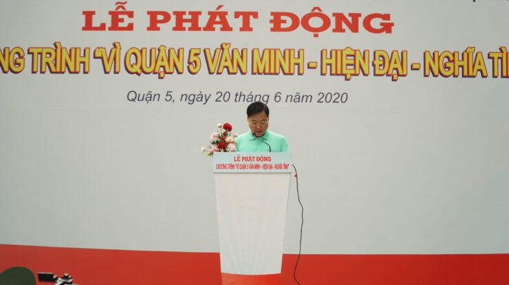 Đc Lê Tấn Tài - UVBTV Quận ủy, Chủ tịch Ủy ban MTTQ Việt Nam Quận 5 phát biểu hưởng ứng tham gia chương trình Vì Quận 5 văn minh - hiện đại - nghĩa tình